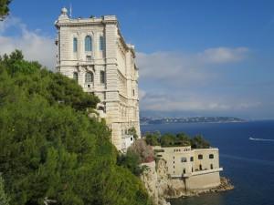 Monaco (82)